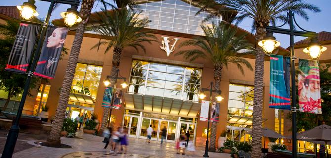Valencia Town Center Mall Ping Restaurants Nadine Sterba
